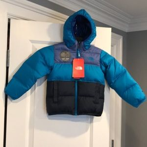 THE NORTH FACE MOONDOGGY REVERSIBLE DOWN JACKET